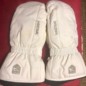 Hestra CZone Powder Mittens, Size 8 ~worn once